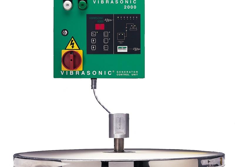 Ultrasonic sieve to eliminate mesh blinding